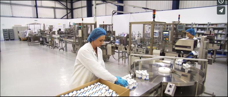 マイプロテインの紹介動画は、まるで工場見学